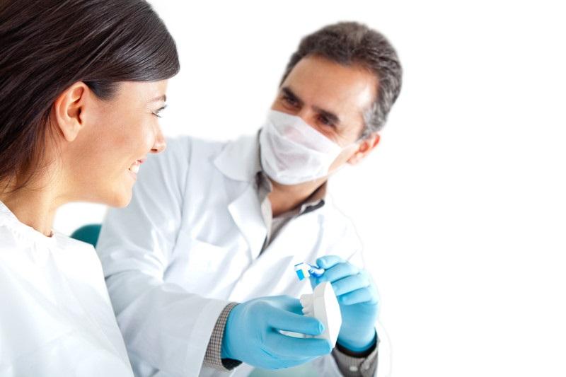 Tandheelkundige kliniek tandarts buitenland